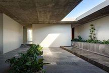 Courtyard / 中庭