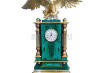 Часы интерьерные / Часы из камня долерит, Часы из камня змеевик, Часы из камня креноид, Часы из камня лазурит, Часы из камня малахит, Часы из мрамора, Часы из камня нефрит, Часы из обсидиана, Часы из камня чароит, Часы из янтаря, Часы из камня яшма, Часы карманные, Часы напольные, Часы песочные, Часы эксклюзивные
