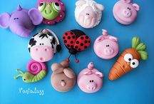 Polimer / Clay Figurines / Wonderful reference for clay, polimer, bread art, cake decorating