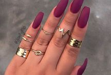 nail color's and style u want