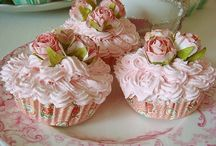 Cupcakes & Muffins / by LeAnn Porter-Parsley