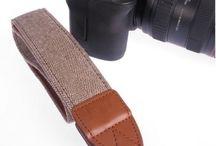 Monochromatic camera strips / Jednobarevné popruhy na fotoaparát