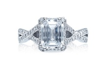 Vintage and Sparkly Wedding & Engagement rings