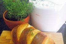 Breads / by Noelle 'Davids' Tice