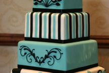 Cake Ideas / by Marianne Maddox