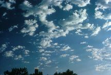 Clouds and the sky! / For what goes on above your head / by UCAR SciEd
