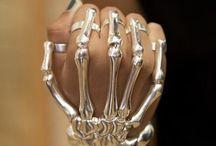 Jewelry: Wrist / by Laura Davis