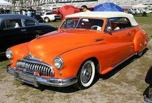 """Old Cars / I suppose you can all tell by now how much I love vintage! I really love to share anything vintage I find...hope you all enjoy! You can also check out my """"Vintage Transportation"""" board. Please feel free to repin all the things you like! / by Linda Elliott"""