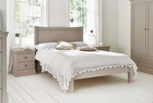 Camden Collection / Sophisticated, individual and easy to co-ordinate the new Camden collection, is an exciting new addition to our range. Products are available in the ever popular White or Pebble, a soft warm and easy colour offering a stylish alternative. Taking influences from both the New England furniture design and Shaker styling, the Camden collection is a refreshingly simple design that will sit beautifully in any bedroom scheme, be it traditional or contemporary.