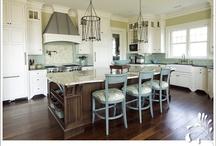Kitchen Inspiration / Kitchen decor and helpful tips