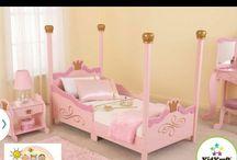 Ellas room