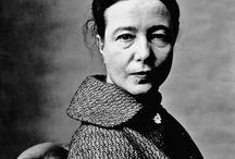 Simone Beauvoir.