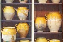 Poteries en France, porcelaines / Oeuvres de potiers et céramistes d'inspiration française ou d'autres pays