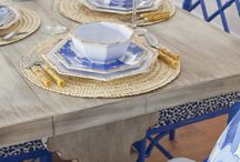 Dining Table Scapes / Charlestonians are known for their entertaining ability and parties not to be missed. We love these different table scapes to set the perfect mood! Want to be part of the Charleston society and move to our incredible city? Contact the Lucy Lending Team for all your trusted mortgage needs!  843-469-9010 zach@lucylendingteam.com www.charlestonmortgagelender.com