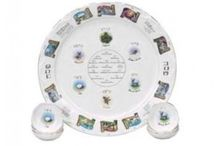 Passover Seder Plates / From traditional to funky and everything in between, you will find the perfect seder plate to compliment your table. We have seder plates for all budgets and tastes. The symbolic foods on the seder plate are: maror (bitter herb), karpas (vegetable), chazeret (bitter vegetable, charoset (nut and apple mixture), shankbone, roasted egg.
