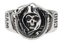 Sons of Anarchy / Everything you need from robes to jewelry accessories.