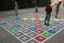 .// School: Buiten spelen en leren