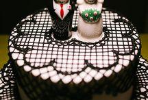 Interdependence Day / Wedding Ideas / by Lizzie G