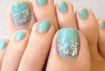 Nail art pieds tons verts