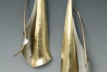 Earring / Jewellery