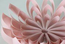 Petals decorative fruit bowl / Petals is a decorative fruit bowl made of individual flat pieces. The pieces form an organic shape resembling the petals of a flower.