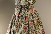 18th century : English Court mantua