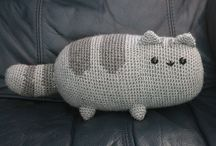 Gift Ideas / Cat cushion