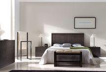 Dormitorios Alta Decoración / Conjunto de dormitorios en Nogal Español.