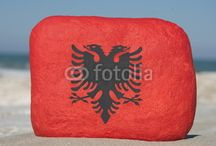 ALBANIA - SOUVENIRS ON STONES / COLOURFUL STONES COMPOSITION AS SOUVENIR OF THE EAGLE'S COUNTRY