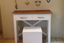 Kerniture / My Own Furniture