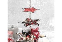 Holiday Decorating and Entertaining / by Vielle + Frances