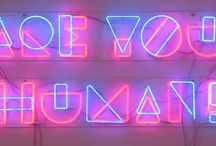 Neon signs~ / your like a guiding light in this pitch black,sea of the night~