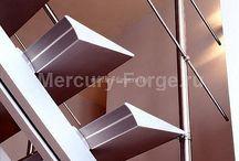 Фото современных лестниц GRAAH (Бельгия) / Молодое предприятие Graah, специализирующееся на производстве прямых дизайнерских лестниц из алюминия.