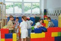 Arquitectura / Molts jocs i activitats van basades també en l'arquitectura de l'edifici o en la forma que tenen alguns materials