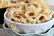 Recipes-Pasta Dishes / by Emily Messenger