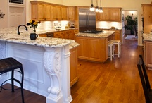 (DP) U-Shaped Kitchens - Showplace Cabinets / Images of U-shaped kitchen layouts from Showplace Cabinetry and its nationwide network of dealers.