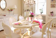 VINTAGE###@Pink and white deco@####