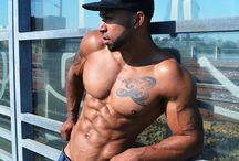 SumanaFitness.com / Personal Trainer & Fitness Model