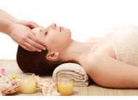 Fairmont Spa Package / A revitalizing Royal Radiance facial to renew and rejuvenate ones skin after the winter cold and unfold into a deep state of tranquility with a Revive Aromatherapy massage to refresh and align your inner equanimity.