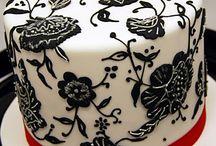 Cakes: Black & White / Black & White cakes make a bold but truly elegant statement... / by Lauren Schultz