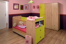 Le monde des enfants... / Parce-que les enfants aussi ont le droit à une chambre conçue avec les plus beaux meubles... Pratiques et jolis, ils transporteront vos enfants dans un monde féérique