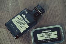Travel Cologne & Solid Cologne for Camping and Hiking / Smell good when you are camping and hiking with these travel cologne and solid cologne options by U&J.