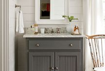 Bathrooms / by Lindsay Charter