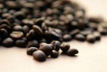 Sentir al café / El olor que desprende el café recién hecho , te transporta a las plantaciones