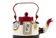 Hand Painted kettles / Rangrage provides one of the most beautifully detailed designs on kettles.
