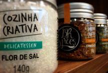 Carnes del Sur / Situada em Alphaville - São Paulo , com o slogan de A carne certa para cada ocasião. Atendemos na loja ou delivery no 4153-3207.