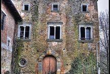 Case e ville abbandonate