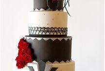 Custom designed cakes/cupcakes