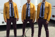 DIY Dirk Gently Halloween Costume Idea / Inspiration, make up tutorials and all accessories you'll need to create your own DIY Dirk Gently Costume.