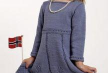 Вязанье девочкам Платья Сарафаны